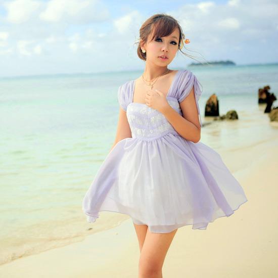 Váy xòe ngắn